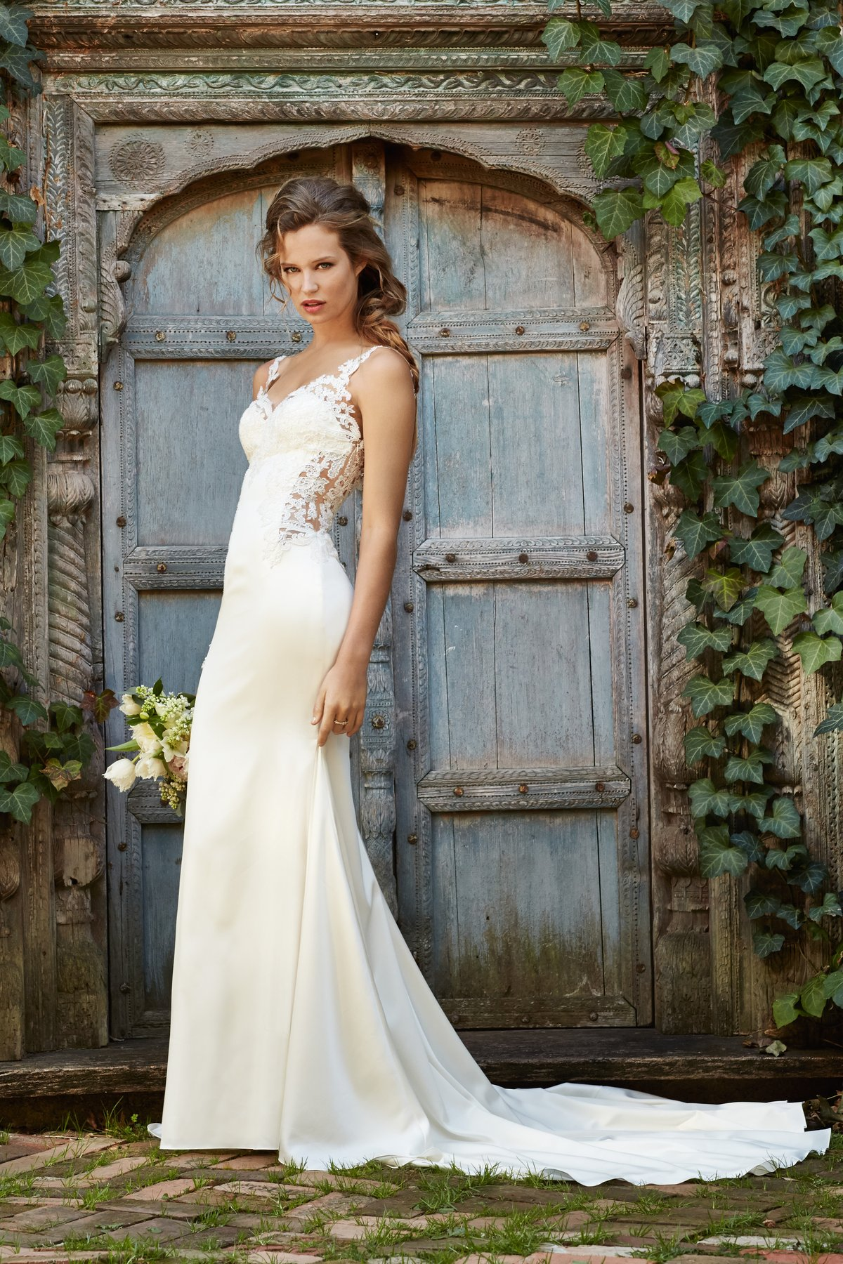 Cora 53313 | Willowby Brides | Willowby